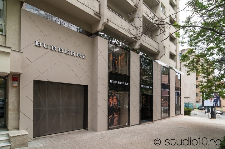 Luxury Store Bucharest (Bucuresti) Facade